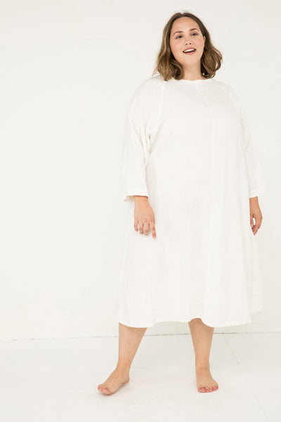 Artist Dress in Midweight Linen Ivory