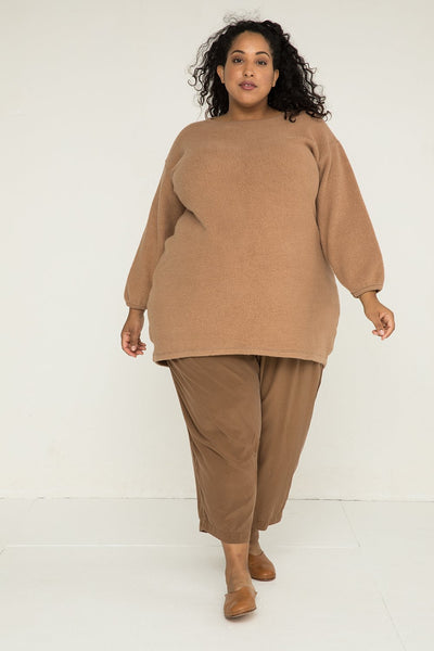 Billie Sweater Dress in Textured Cotton Knit Caramel - Alex-2XL