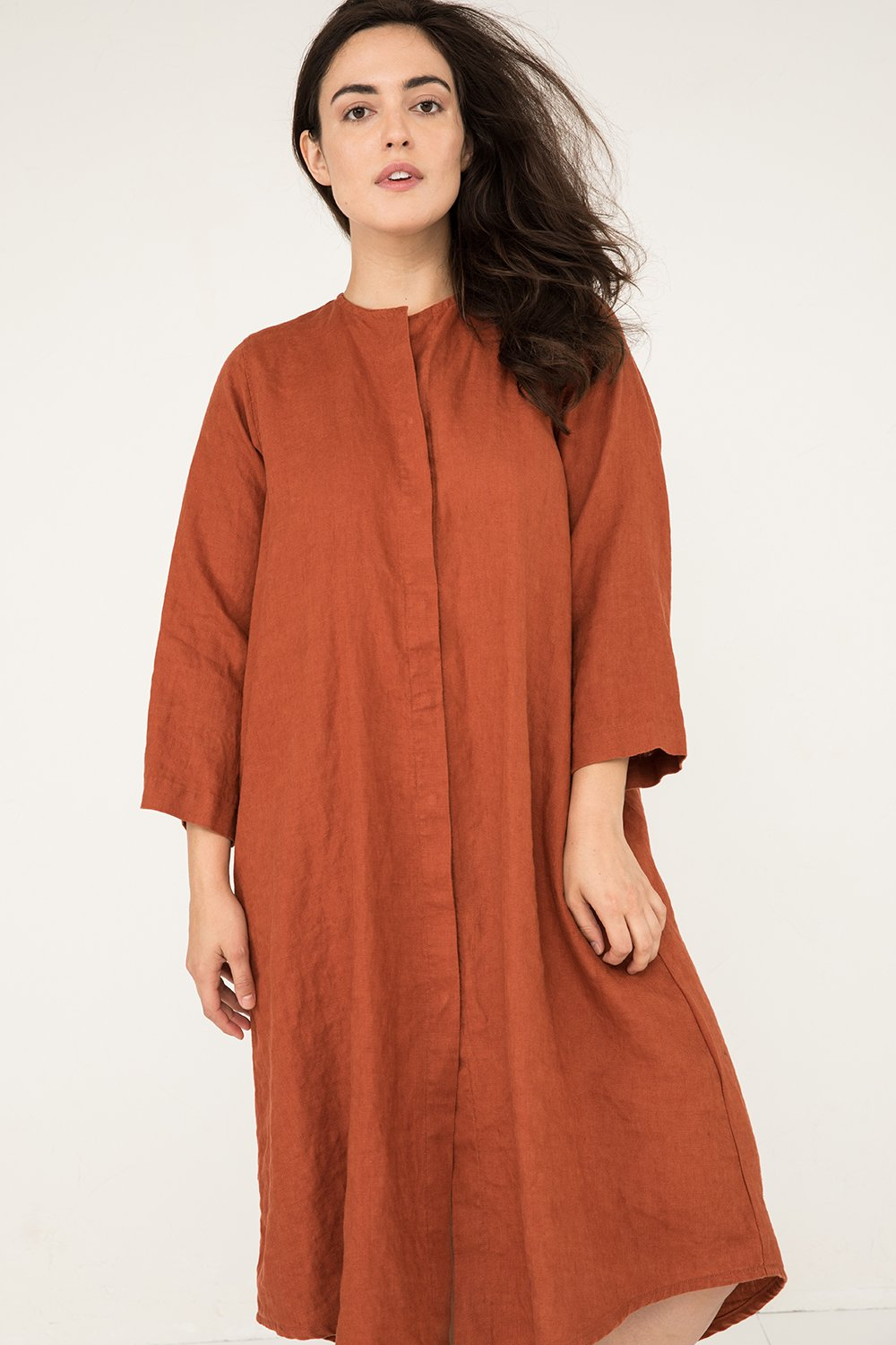 Long Sleeve Kara Snap Dress in Midweight Linen Terra - Natalie-M