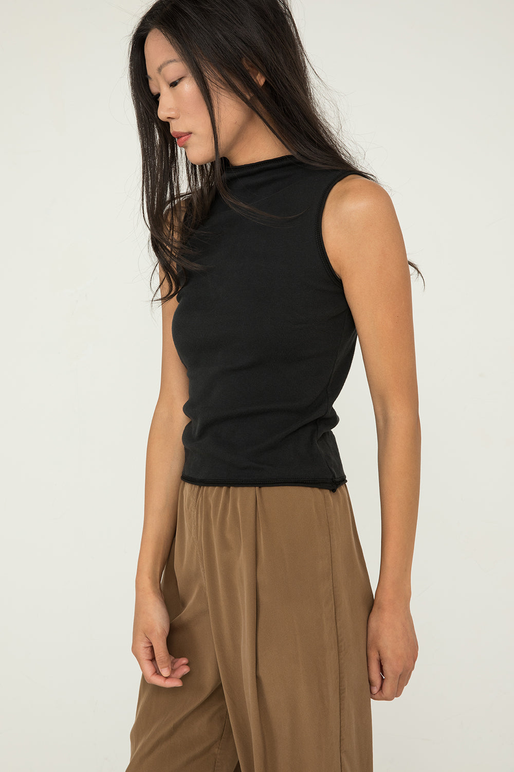 Sleeveless James Mock Neck in Lightweight Cotton Knit Black - Chung-XXS