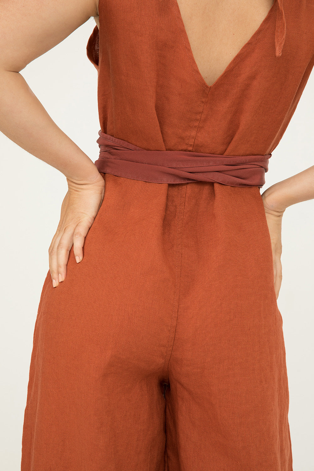 Asawa Tie Belt in Silk Crepe Rust - Molly-OSM