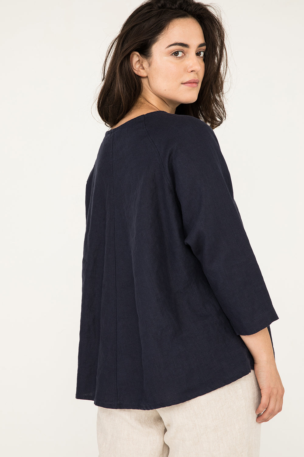 Artist Smock in Midweight Linen Navy - Natalie-OS