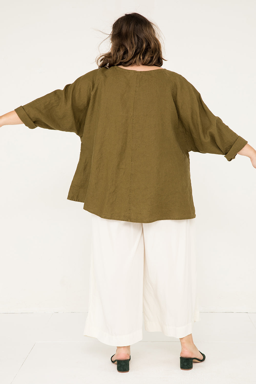 Artist Smock in Midweight Linen Olive - Sam-OSP2