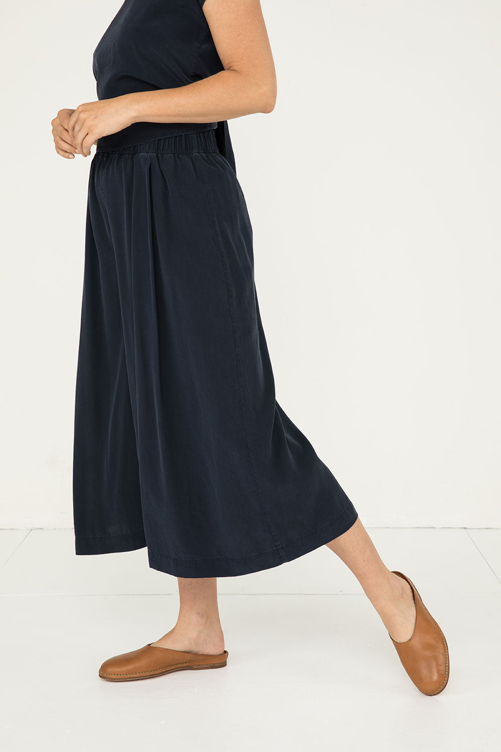 Andy Palazzo in Silk Crepe Navy - Molly-XS Short