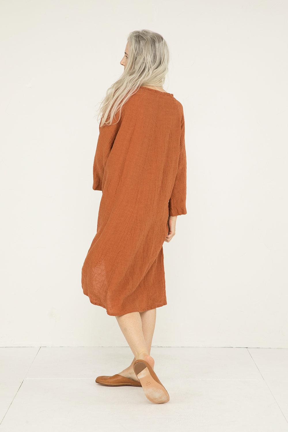 Artist Dress in Linen Gauze Amber - Kendall-OSM