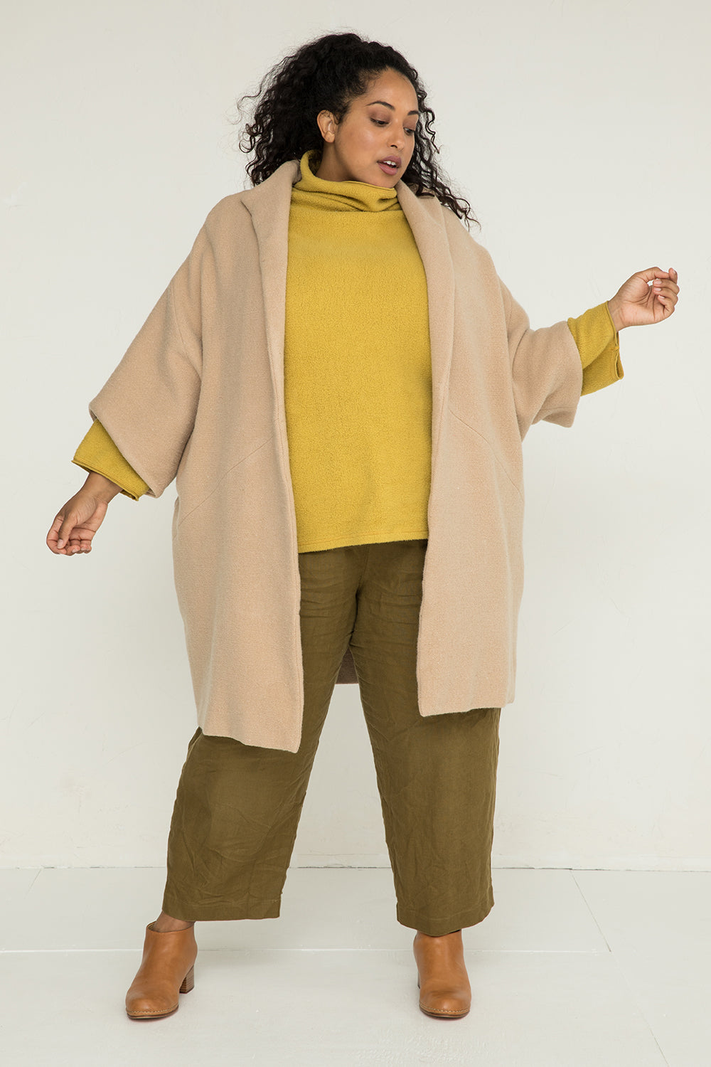 Cocoon Coat in Heavyweight Wool Fawn - Alex-OS Plus 2
