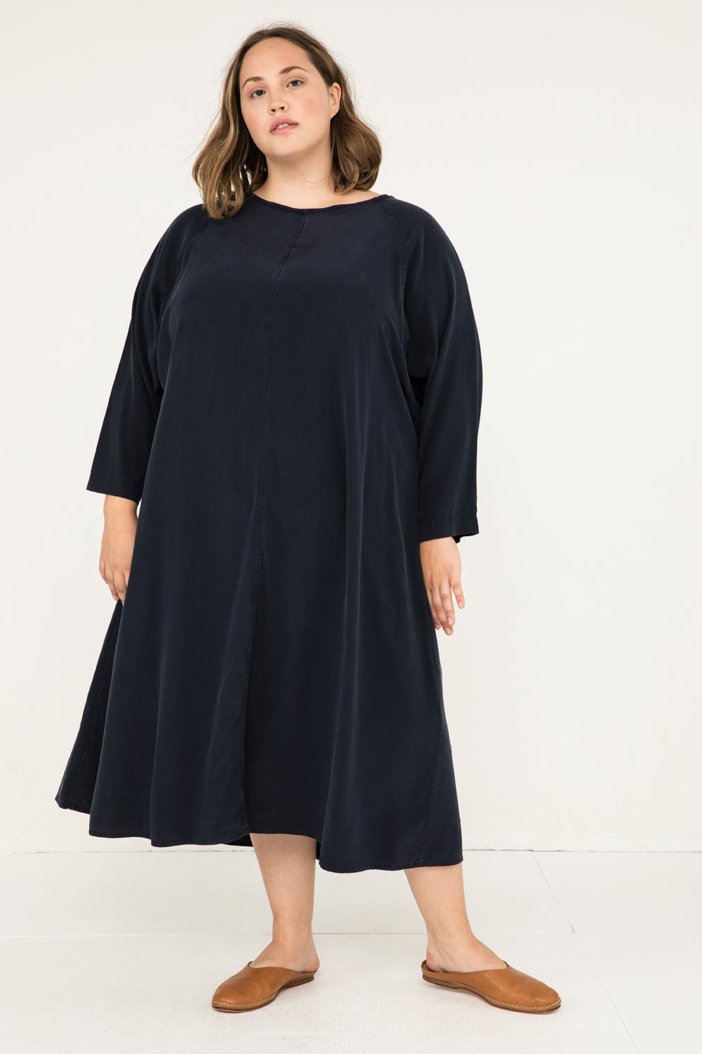 Artist Dress in Silk Crepe Navy - Sam-OSP2