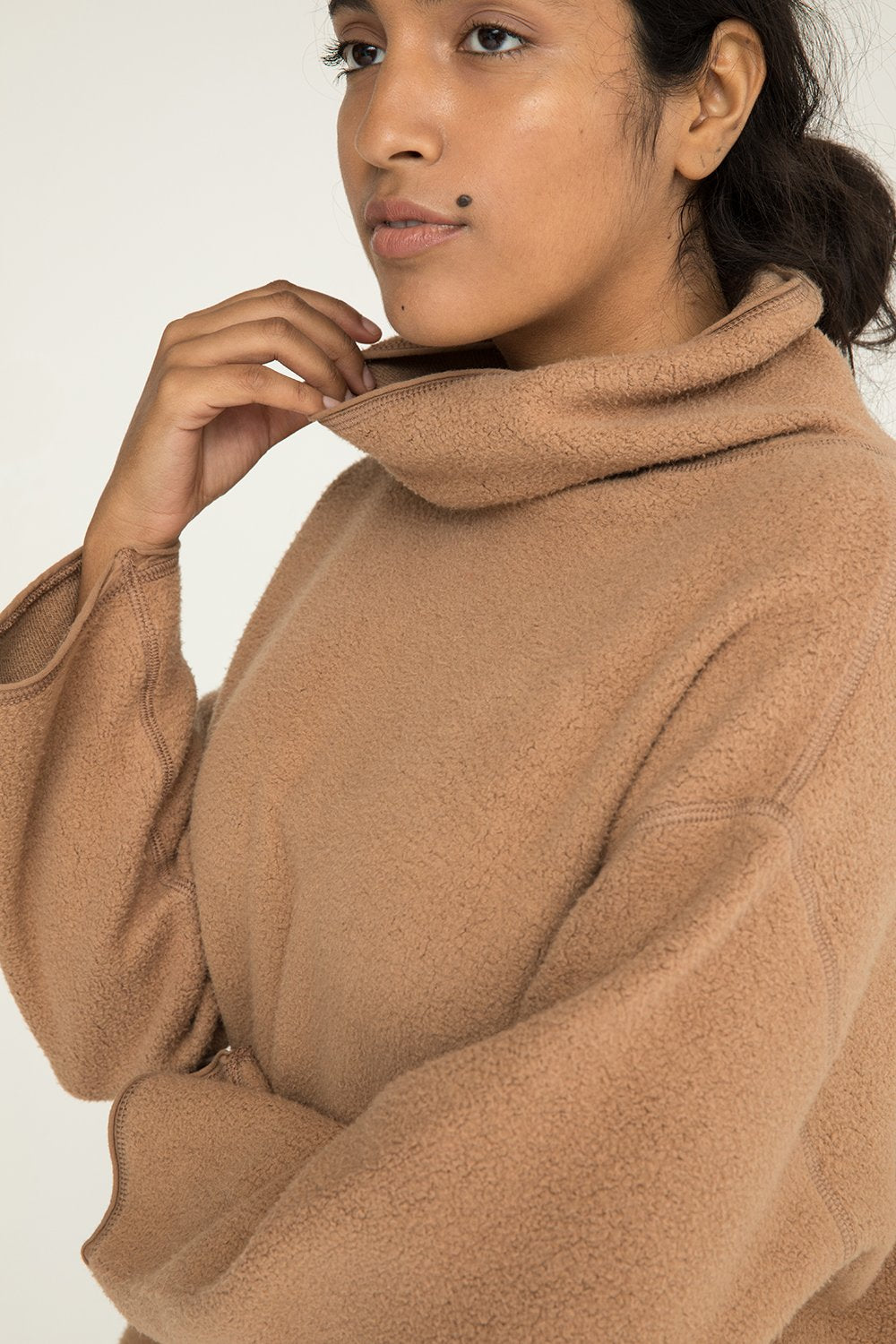 Margaret Turtleneck in Textured Cotton Knit Caramel - Nouri-M