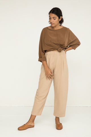 Andy Trouser in Lightweight Wool Fawn - Nouri-M Regular