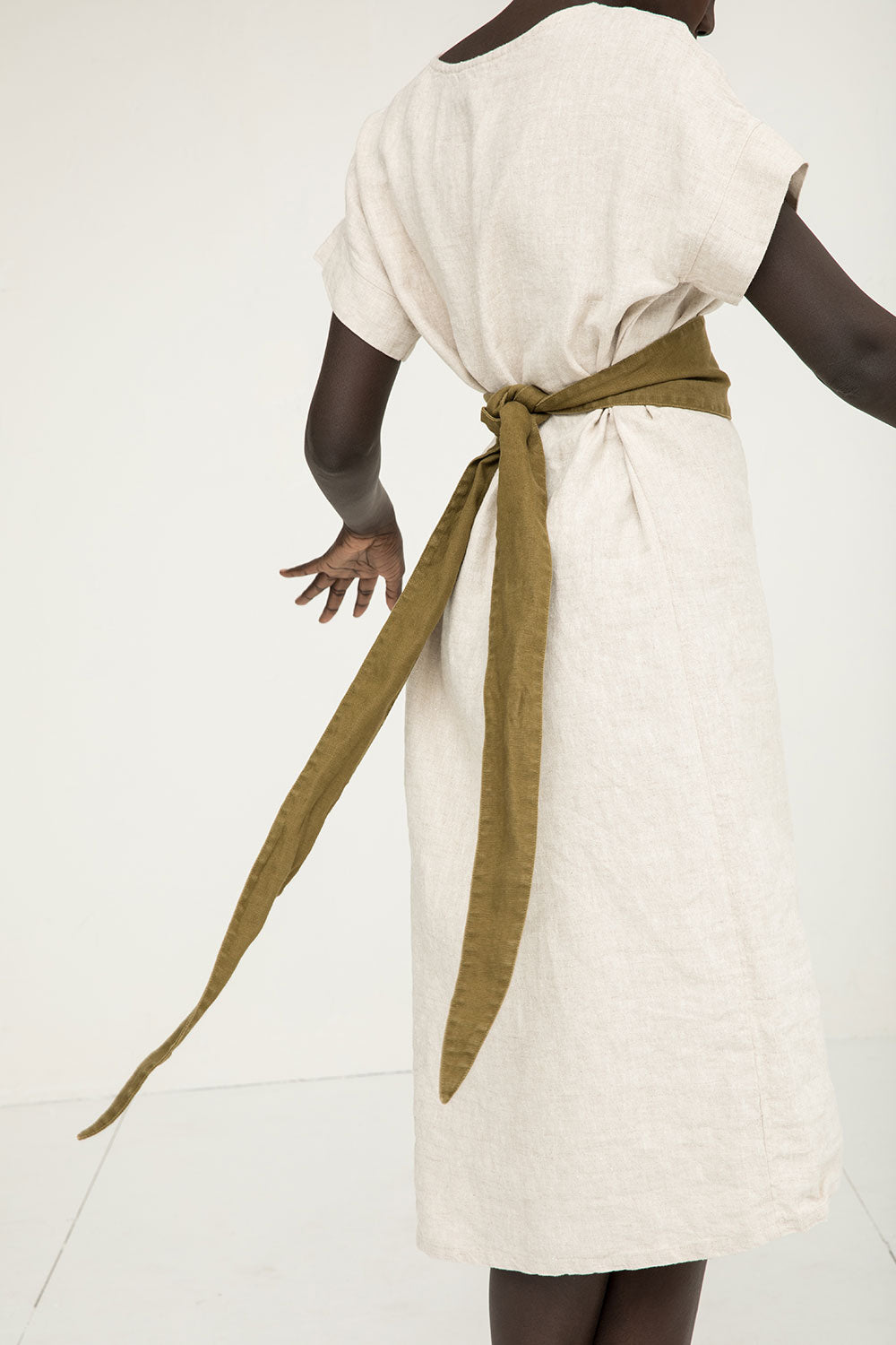 Asawa Tie Belt in Midweight Linen Olive - Nyamuoch - OSM