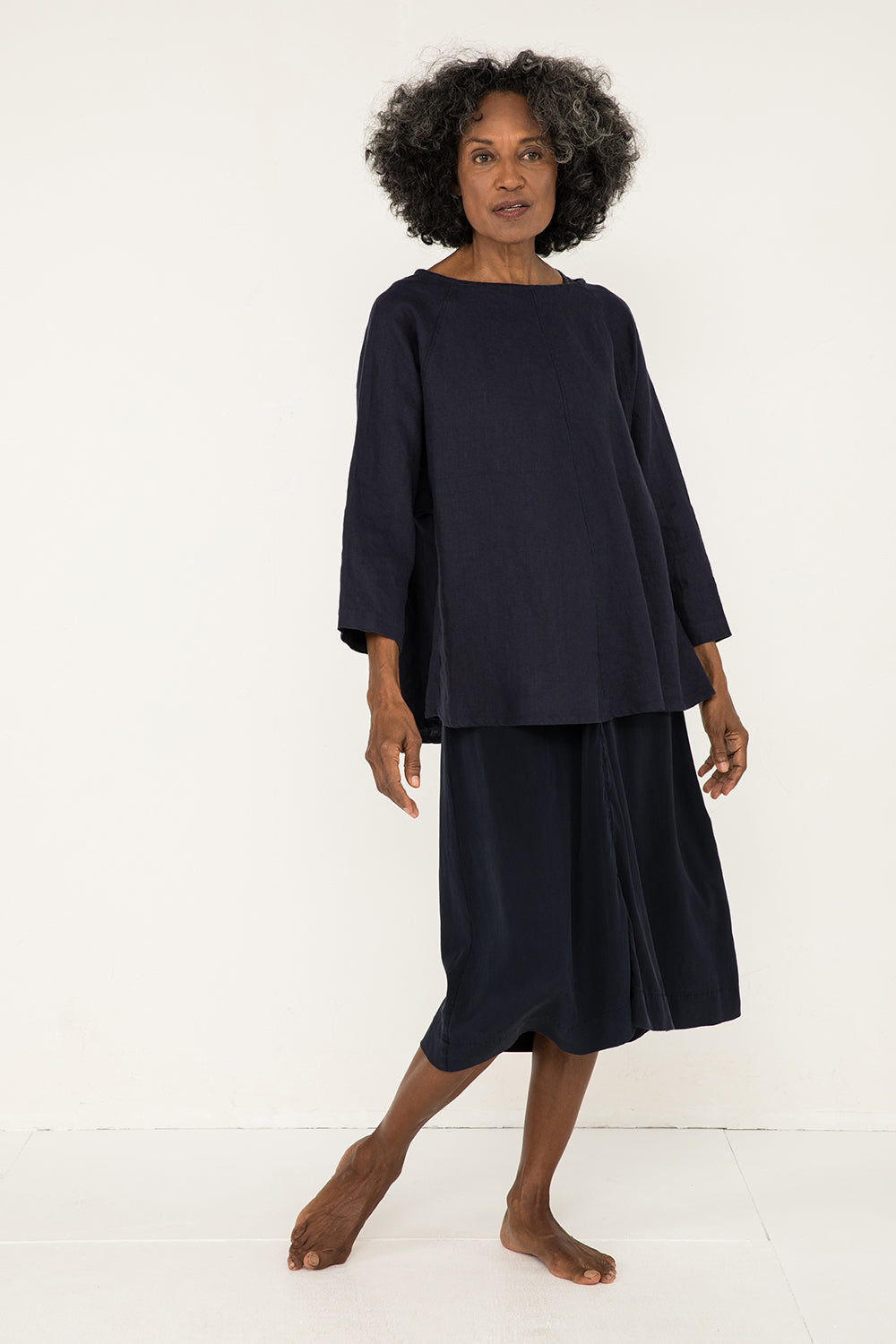 Artist Smock in Midweight Linen Navy - Pat-OS