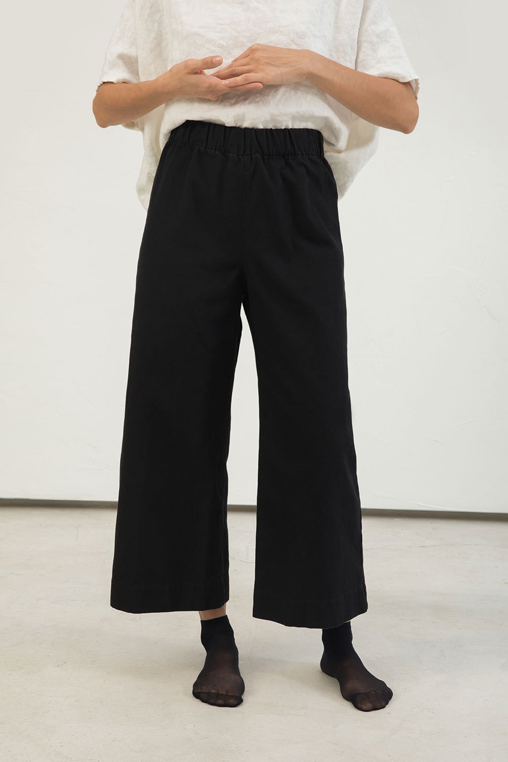 Florence Pant in Cotton Canvas Black - Lisa-Small Regular