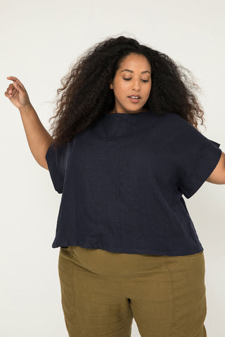 Georgia Tee in Midweight Linen Navy - Alex-OSP3