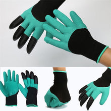 Load image into Gallery viewer, A digging glove helps you to dig in the gardens. High protection and one hand contains 4 claws