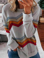 Loose Contrast Wavy Striped Long-sleeved Top