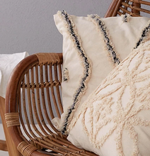 Load image into Gallery viewer, Vintage Moroccan Style Cushion - IrregularLines