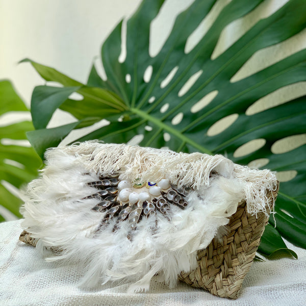 Rattan Clutch with Seashells - IrregularLines