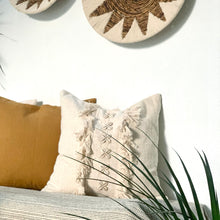 Load image into Gallery viewer, Creamy Cushion Cover - IrregularLines
