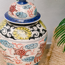 Load image into Gallery viewer, Chinese hand painted Vase - IrregularLines