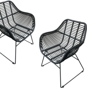 Manhattan Arm Chair Black - IrregularLines