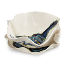 Load image into Gallery viewer, HIlborn Pottery Berry Bowl