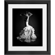 Load image into Gallery viewer, Miu Bellydancer - Twirl
