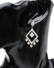 Load image into Gallery viewer, Brand New Earring with 1ctw diamond 14K Yellow gold