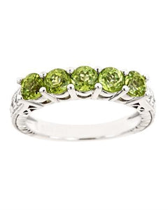Brand New Ring with 1.3ctw peridot 925 Silver sterling silver