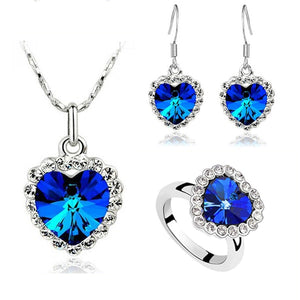 Fashion brand name Factory wholesales Austrian Crystal Ocean Heart Pendant Love Necklace Earrings Ring Jewelry sets 84018