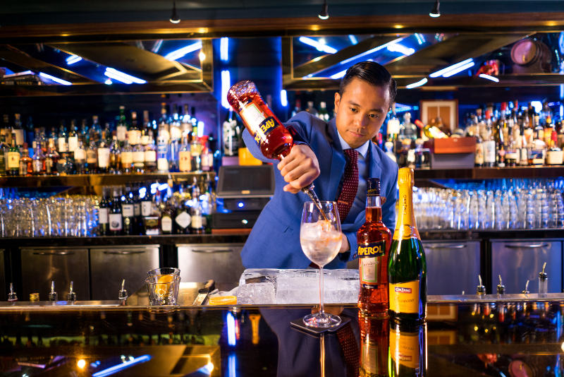 The point of pour paradigm: how to guarantee the best cocktail experience