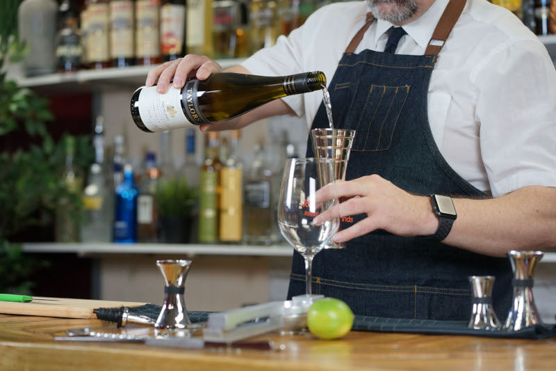 What's the best way to measure a standard serving of wine - WineStepJig jigger