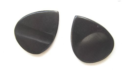 Guitar Picks-natural horn-black