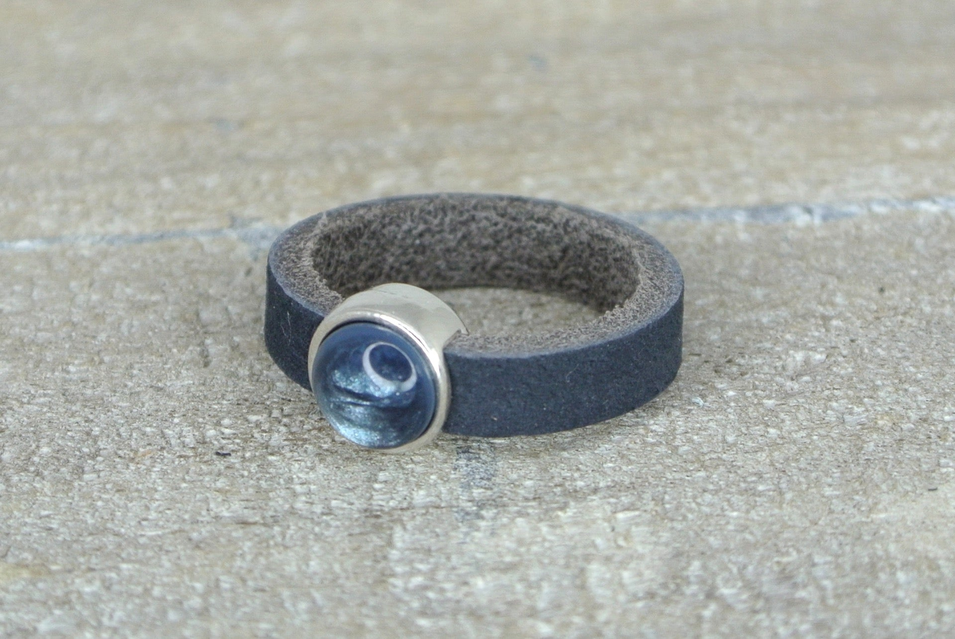 Leren ring blue