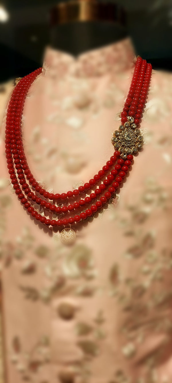 MALA MAROON WITH BROACH
