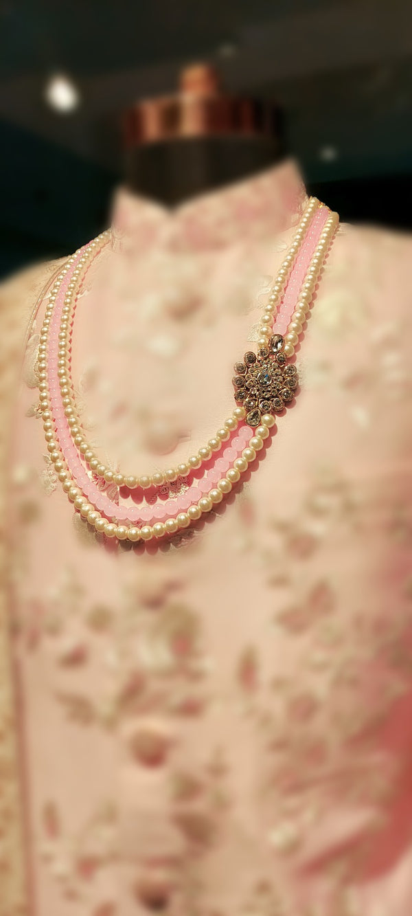 MALA OFF WHITE - LIGHT PINK WITH BROACH