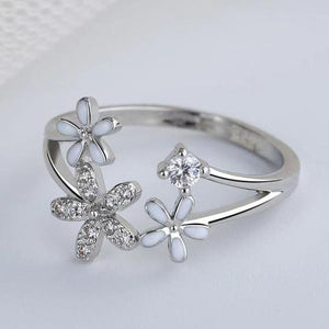 Silver Flowers Adjustable Ring