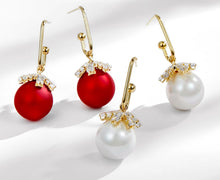 Load image into Gallery viewer, Red and White Chritsmas Bauble Drop Earrings