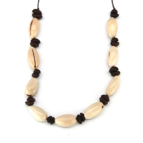 Cafe Venza Necklace