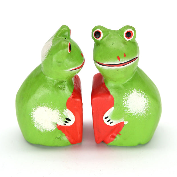 Kodo Frog Pair Carving