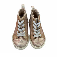 Load image into Gallery viewer, Gold Gap Shoes, 8