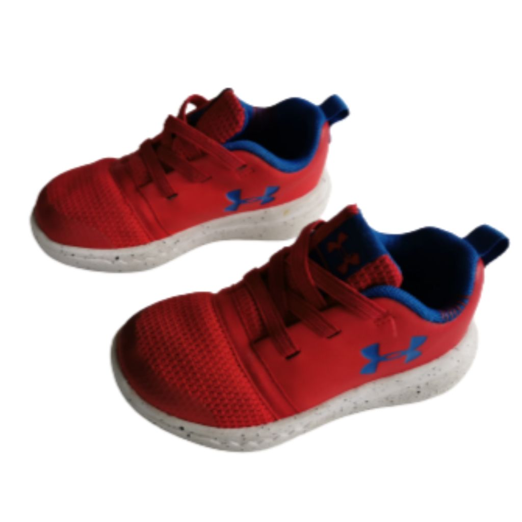 Red Under Armour Runners, 6