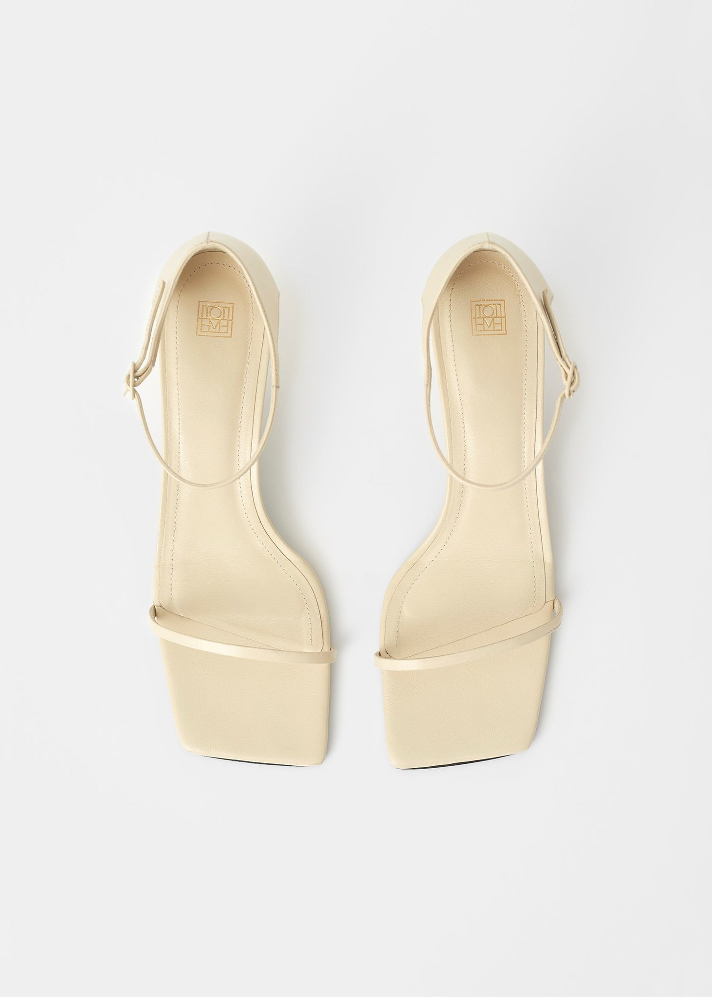 The Strappy Sandal ivory