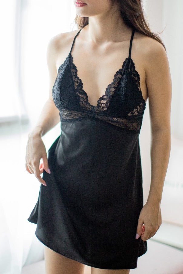 Scarlett Padded Satin Slip (Black)