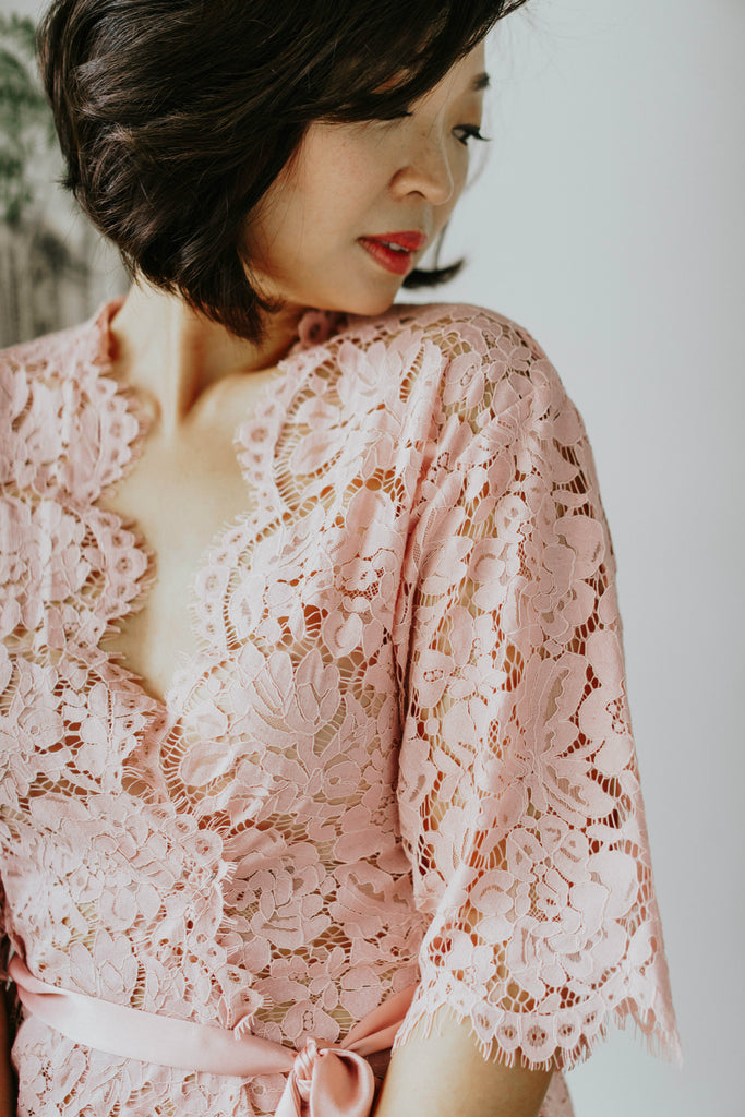 Belle en Rose Lace Robe - Bells & Birds