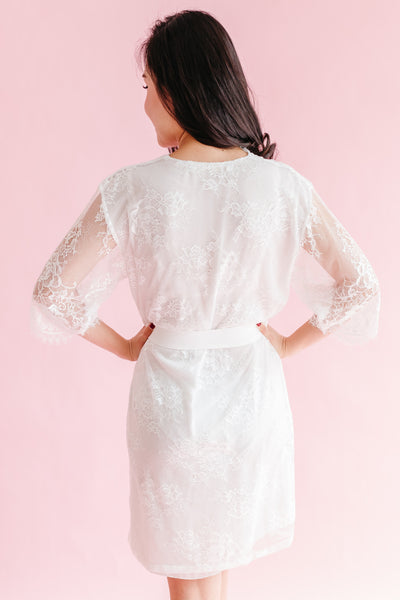 Blush Chantilly Lace Robe