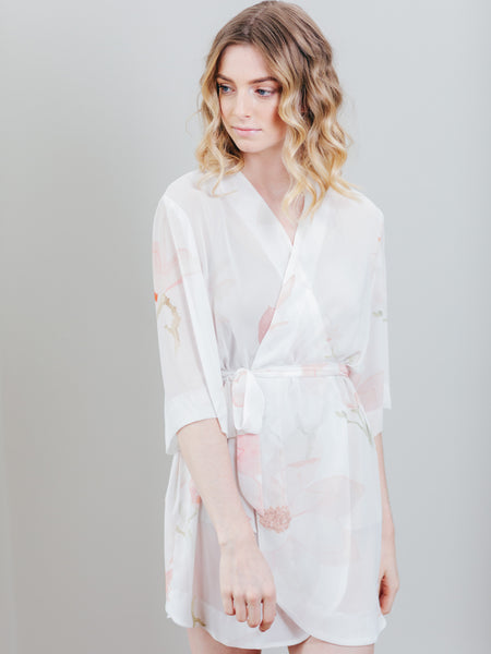 Graceful Petals Robe (Blush on Ivory)