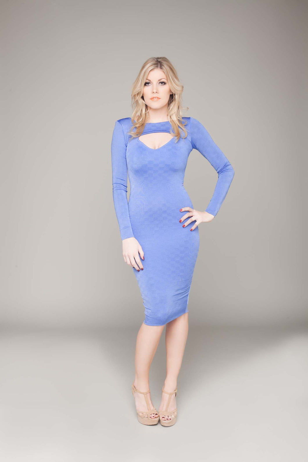 Long Sleeved Sweetheart Cutout Bodycon Dress
