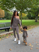 Load image into Gallery viewer, Mummy & Me Matching Legging Loungewear