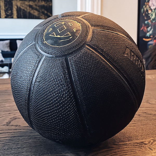 SNAKE SMILEY BALL (All black)