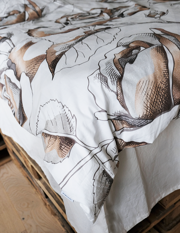 GOLDEN FLOWERS - 2 SETS DUVET